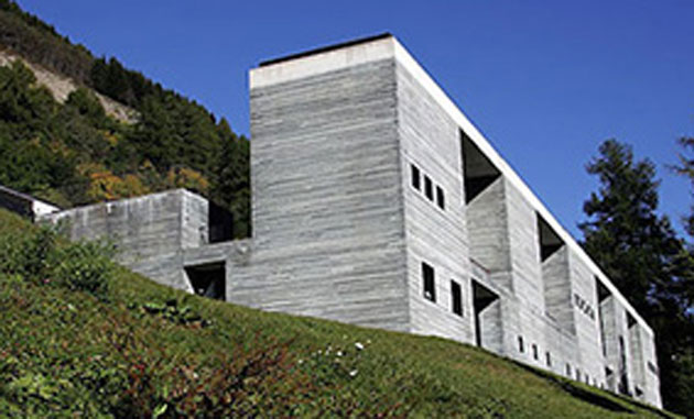 Morphosis to design hotel adjacent to zumthor s therme for Design hotel vals