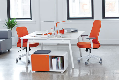 Poppin S Series A Desk System Is Accentuated By High Pressure Laminate Tops And Powder Coated Steel Legs The Line Comes In Choice Of 47 Inchwide Or